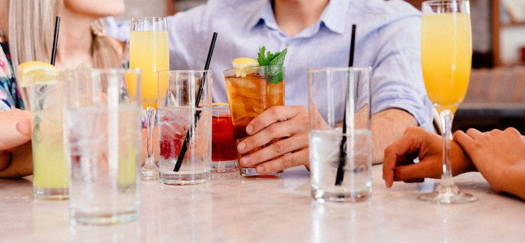 Cocktails für heiße Sommerabende